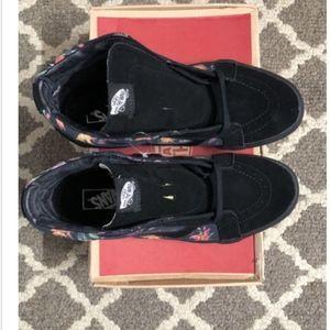 0ccdff244f Vans Shoes - Vans SK8-HI Reissue Black Bloom Black True White